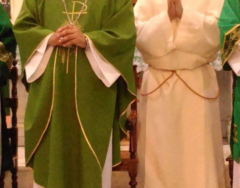 Dom Edson e José Wallace na despedida na Paróquia de Nossa Senhora e São José - Foto: Marcelo Auler