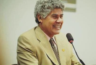 Chico Alencar (PSIOL-RJ) questiona o ministro Cardozo sobre os gastos na PF-PR. Foto reprodução Facebook