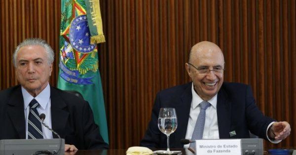 O presidente interino Michel Temer reclama da herança economia, mas seu todo poderoso ministro da Fazenda, Henrique Meirelles diz que a economia brasileira é robusta. Quem está mentindo?