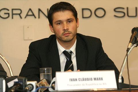 Resultado de imagem para procurador federal Ivan Cláudio Marx