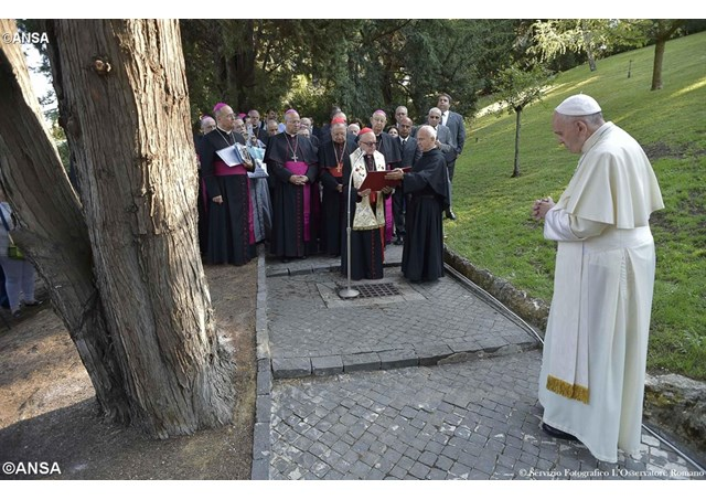 papa-reza-pelo-brasil-03-09-foto-radio-vaticano