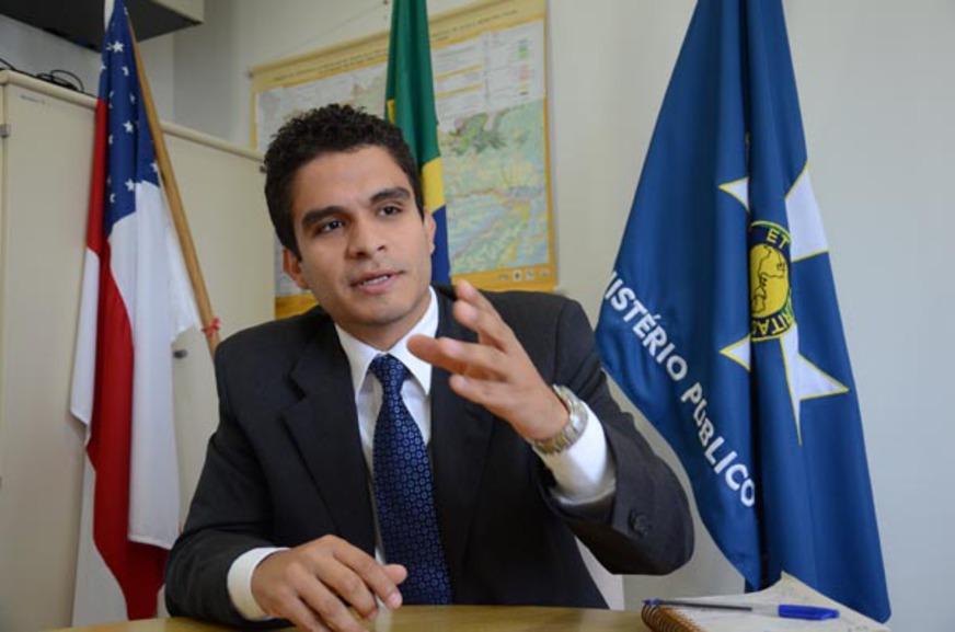 Foi graças ao trabalho insistente do procurador Júlio José que o antigo Quartel receberá destinação voltada à difusão dos Direitos Humanos no Sul Fluminese.
