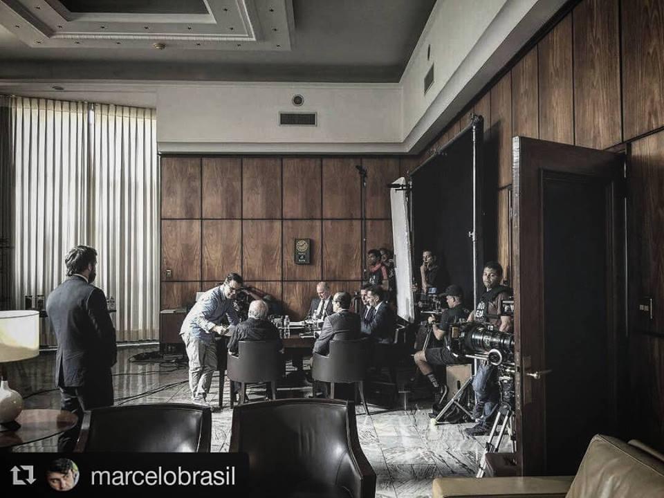 Na págvina do Facebook do filme, a foto de filmagens feitas dentro do gabinete do superintendente do DPF no Rio de Janeiro
