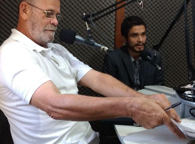 O procurador Araújo Júnior no programa de Gato preto: abrindo espaço à diversidade4 e retirando do silêncio as minorias.