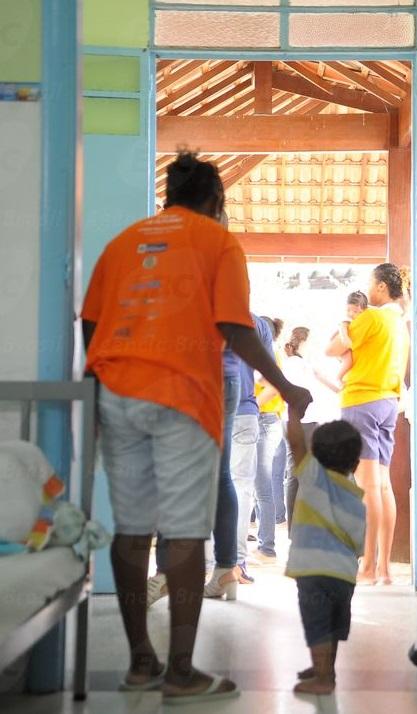 Pelos dados de 2014 1;395 crianças viviam com suas mães nos presídios brasileiros. Foto: Tânia Râgo (Agência Brasil)