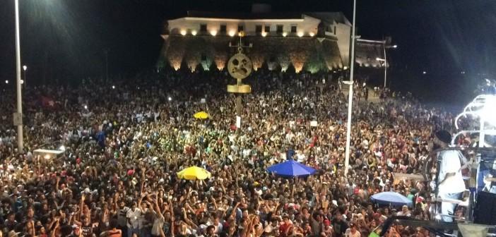 Manifestação pelas Diretas Já em Salvador, domingo, 11/06: Diretas só para presidente? (Foto:  Boca do Forno News)