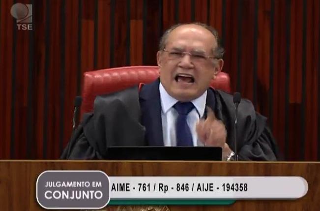 Gilmar Mendes: magistrado de oportunidade. Vota conforme o réu. Reprodução da TV Justiça