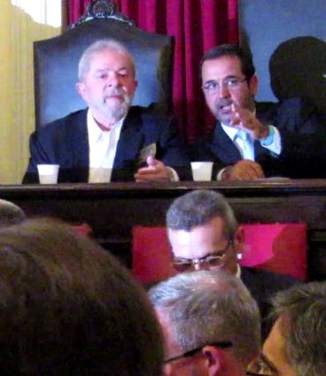 Lula e o diretor da Faculdade Nacional de Direito, Flávio Martins. Foto: Marcelo Auler