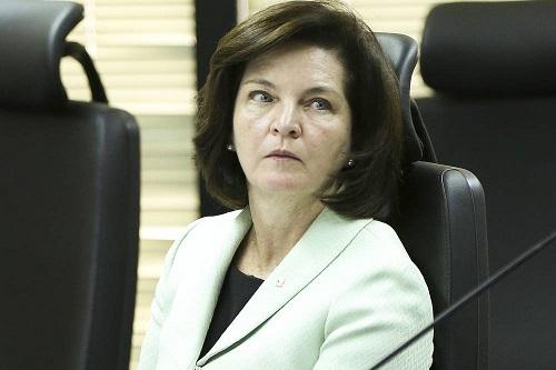 A futura PGR, Raquel Dodge, nem sentou praça e já comete um deslize destes. (Foto:  Marcelo Camargo/Agência Brasil)