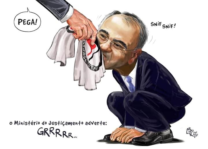 Ao bajular Bolsonaro, Mendonça perde mais uma